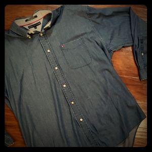 Tommy Hilfiger men's button down denim shirt XL